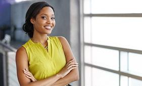 woman-smiling-folding-arms
